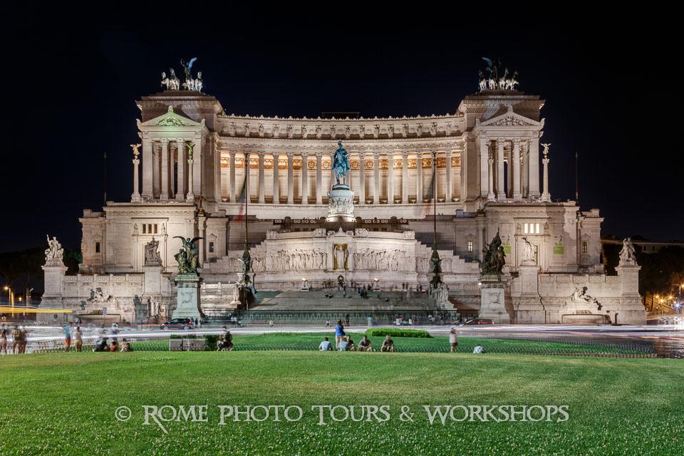 rome-piazza-venezia-01.jpg