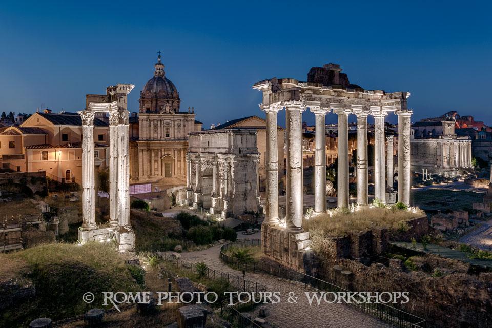 rome-forum-romanum-by-night-02.jpg