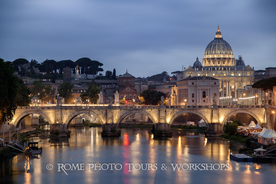 rome-st-peter-by-night-01.jpg